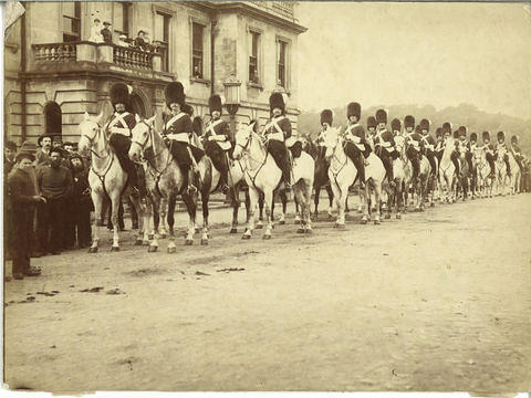 Soldiers on horseback outside the County Buildings
