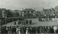 Crowds and bands in Market Square