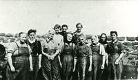 Fishwives at the harbour